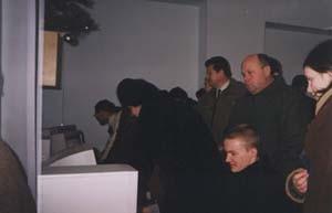 Перші відвідувачі в Інтернет-центрі Заліщицької центральної районної бібліотеки